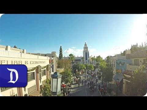 Disney Holiday Magic on Buena Vista Street | Disney California Adventure Park