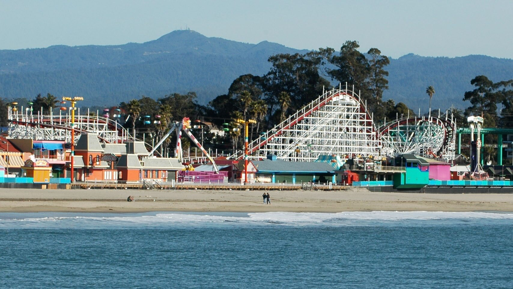Coronavirus concerns close California boardwalk, state's first amusement park to reopen, after one weekend